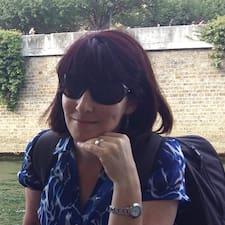 โพรไฟล์ผู้ใช้ Martina