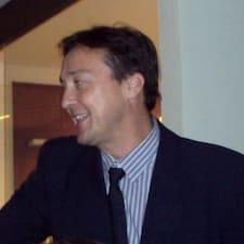 โพรไฟล์ผู้ใช้ Hugo César