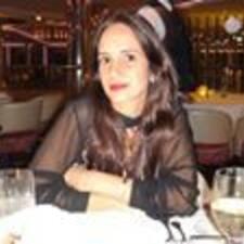 Ana Paula คือเจ้าของที่พัก