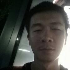 东熠 User Profile