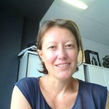 Anne-Sophie Profile ng User
