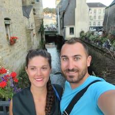 โพรไฟล์ผู้ใช้ Aurelie&Julien