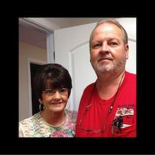 Profil korisnika James & Vicki