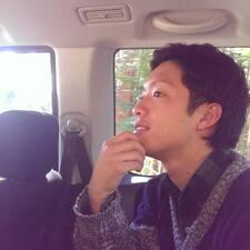 โพรไฟล์ผู้ใช้ Akihiro