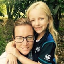 Rochelle User Profile
