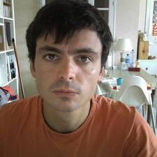 Perfil do utilizador de Julien