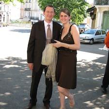 Cathy Et Benoît es el anfitrión.