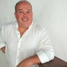 Juan Manuel is the host.
