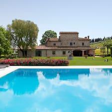 La Casa Di Rodo on majoittaja.