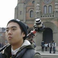 Hyun Woong Brukerprofil