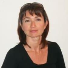 Véronique User Profile