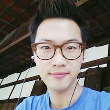 Jaehoon je domaćin.