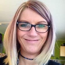 Anne Cecile User Profile