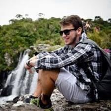 Cezino felhasználói profilja