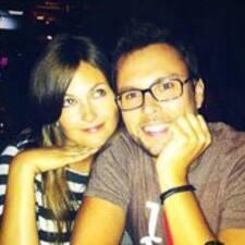 โพรไฟล์ผู้ใช้ Brooke & Gareth