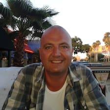 Fraser felhasználói profilja