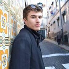 Profil Pengguna Pierre-Gilles