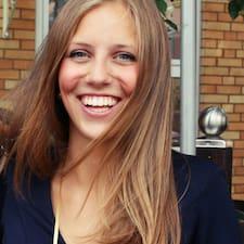 Eva Laura User Profile