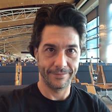 Juan Ignacio es el anfitrión.