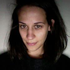 Emmanuelle的用户个人资料