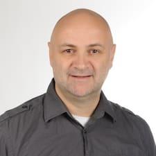 Hartmut User Profile