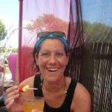 Anne-Laure Brugerprofil