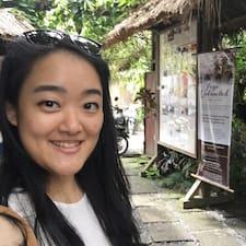 Dhea Kumala User Profile