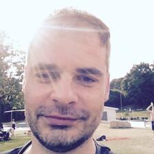 Profil Pengguna Burkhardt