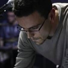 Profil Pengguna Matthew J.