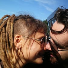 Emily And Christopher - Uživatelský profil