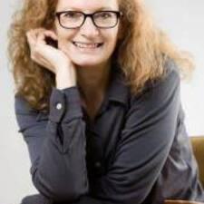 Anne-Claude felhasználói profilja