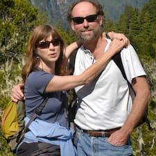 Duncan & Mary — хозяин.