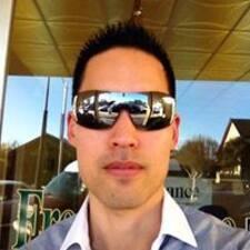 Emanuel felhasználói profilja