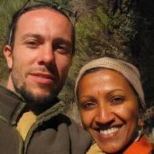 โพรไฟล์ผู้ใช้ Annapurna