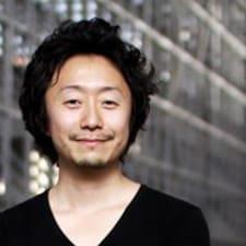 Akihico User Profile