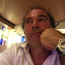 Stefano是房东。