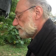 โพรไฟล์ผู้ใช้ Michel