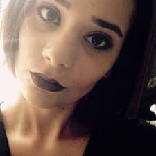 Laïla User Profile