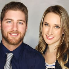 Amanda & Lukas — хозяин.
