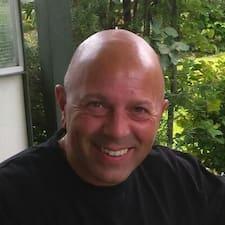 Fausto User Profile