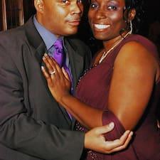 Darnell & Alycia — хозяин.