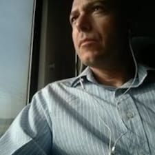 โพรไฟล์ผู้ใช้ Yariv