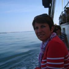 Marie-Noëlle ist der Gastgeber.
