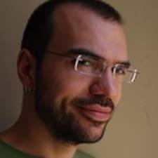 Yannis felhasználói profilja