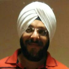 Jaswinder Singh je domaćin.
