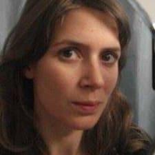 Anne-Hélia的用戶個人資料