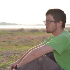 Daniel Eduardo User Profile