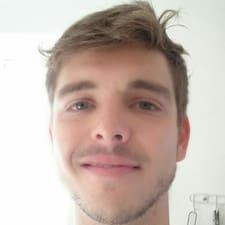 Profilo utente di Adrian