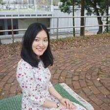 Yiwen felhasználói profilja