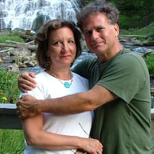 Profil utilisateur de John And Linda
